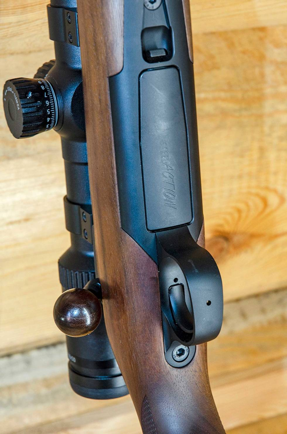 Test-Steel-Action-HM-HS-Rifle-2