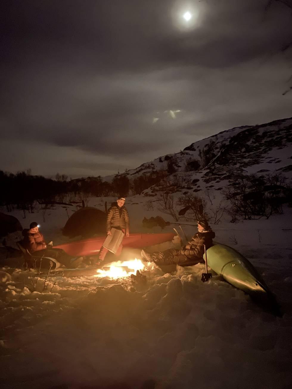 Troms på langs med ski og kajakk