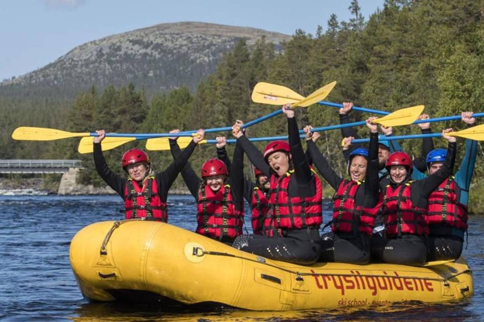 Trysilguidene rafting