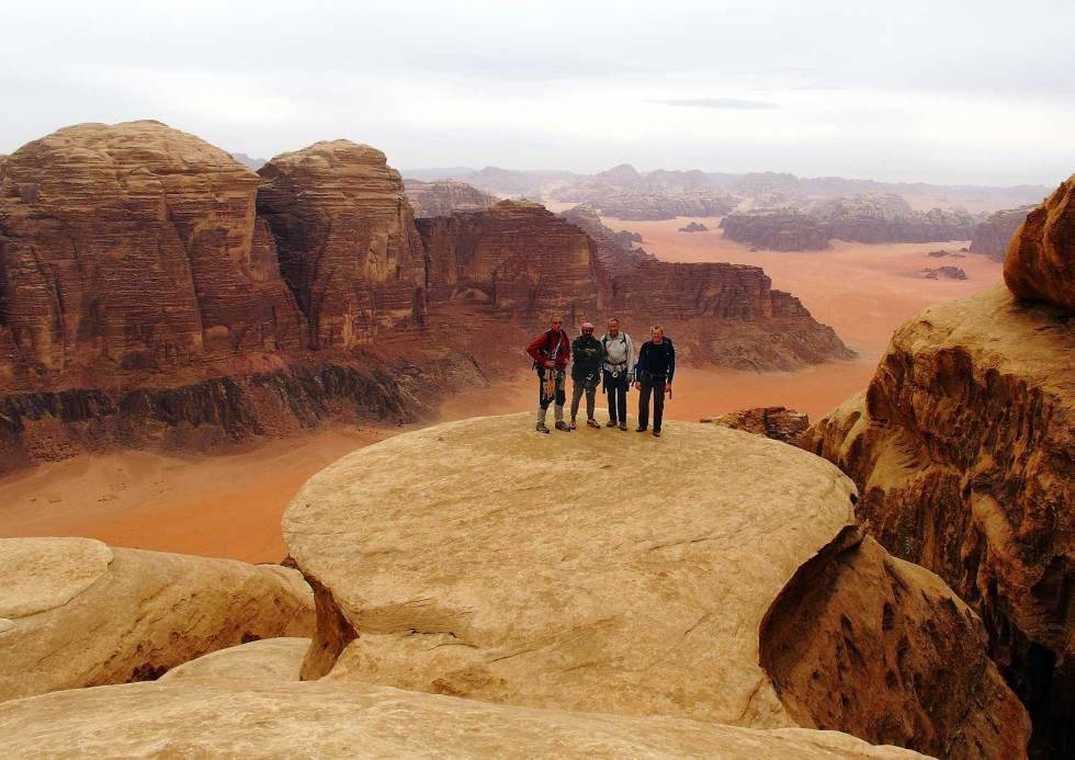 Wadi-Rum-Jordan-klatring-7