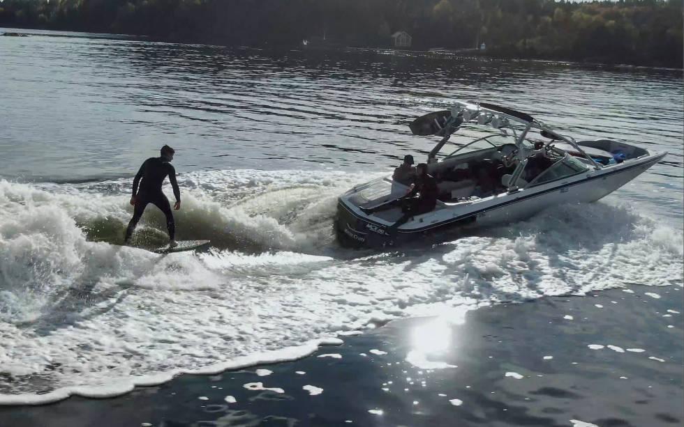 Båt til wakesurfing
