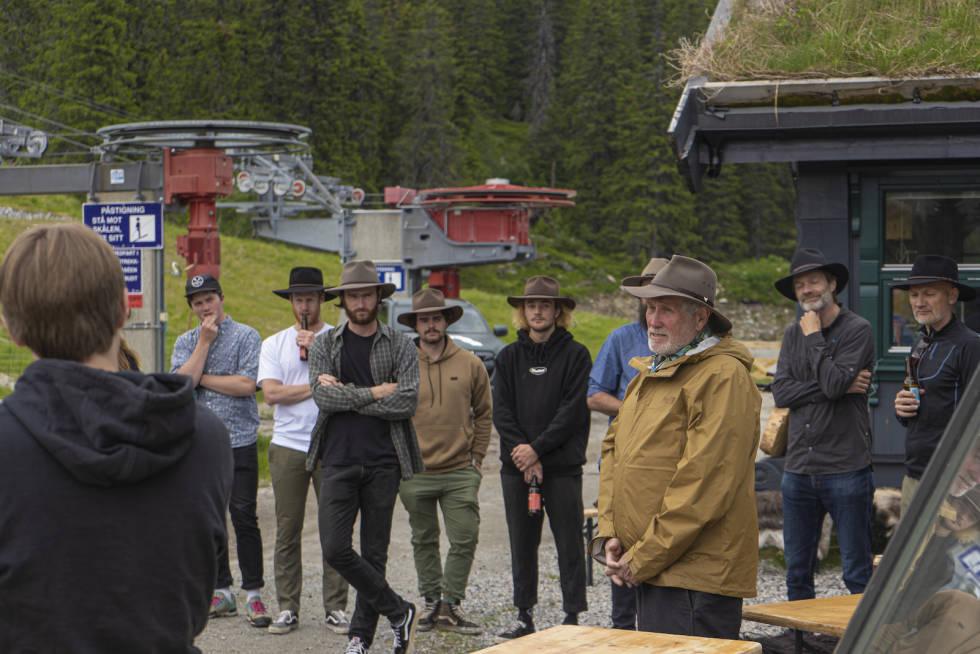 LANGVEISFAREN: Australske Glenn Jacobs har hovedansvaret for World Trails stiutbyggingsprosjekt i Høgevarde. Foto: Hans Christian Gulsvik