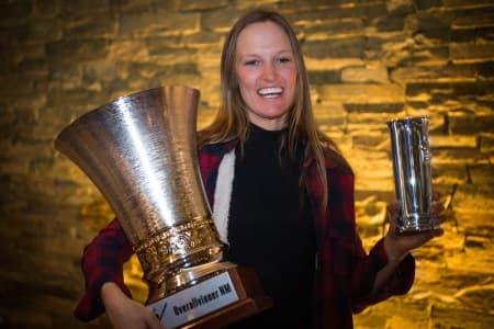 DRONNING: Dina Treland viste at hun kan mer enn rails og endte opp med både kongepokal og sammenlagtseier i NM. Foto: Peter Gløersen