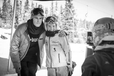 Ståle Sandbech har hevet seg som snowboardkjører etter at han tok sølv i OL i Sotsji. Gleden i å leke på brett sitter fortsatt inne hos snowboardstjernen. Foto: Daniel Tengs