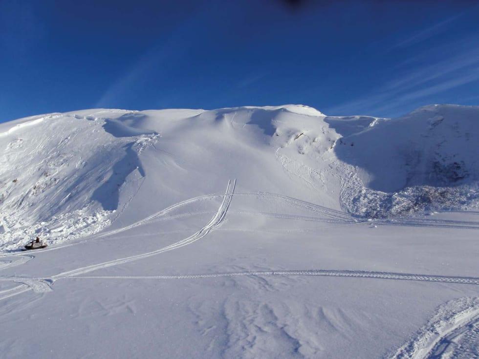 Den lille snøskredboka av Kjetil Brattlien er Norges mest solgte skredbok.