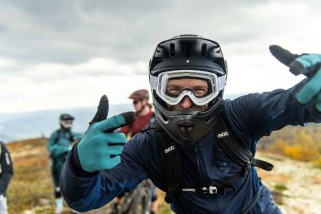 Afterbike på Utfukt med Sweet Protection. Foto: Vegard Breie